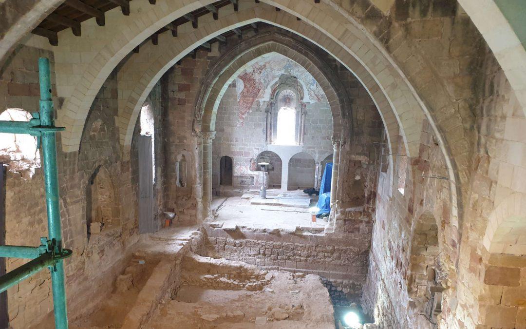 La Iglesia de Santiago: Piedras Vivas